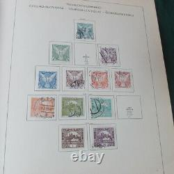 Czechoslovakia collection in Schaubek album 1961 edition 990 mounted stamps