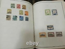 MD Medium Priority Box with 2 Albums stamp collection WW, 64 pictures