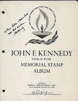 ROBERT KENNEDY SIGNATURE ON JFK WithW MEMORIAL STAMP ALBUM COVER HV8173