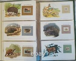 Stamp Collection Album- Animals of the World 1980- Full set 18 pages 108 Stamps