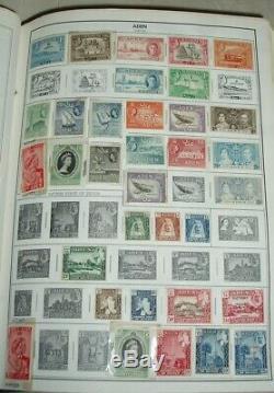Très grosse collection tous pays en 17 très gros albums pleins de timbres-poste