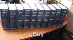 WW stamp collection in 10 Vol. Scott Int'l albums with many 10,000's scattered'76