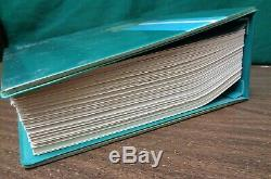 Collection D'albums De Timbres Ww De Harris Senior Statesman, Série Début 1967, Avec Plus De 1 500 Timbres De Diff