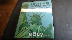 Collection De Timbres Des États-unis Dans L'album Harris Liberty Avec Environ 1 250 Timbres '88
