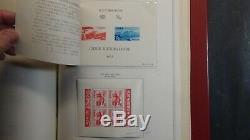 Collection De Timbres Du Japon Dans L'album Minkus Avec Est. 800 Timbres