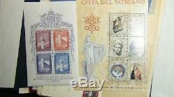 Collection De Timbres Du Vatican Dans Le Withest Album De Phare. 900 Ou Si Mnh