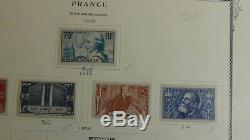 Collection De Timbres France Dans L'album Scott Specialty Avec 1100 Timbres To'79