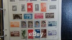 Collection De Timbres Roumanie Dans L'album Scott Sur Les Pages Minkus Avec 2k Ou Si Stamps'91