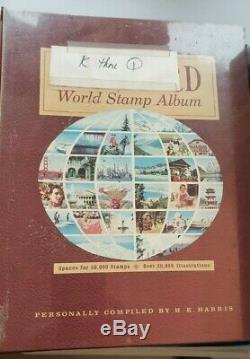 Collection Mondiale De 4 Albums Bourrés De 1000 De Timbres Incl. U. S
