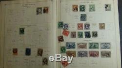 Collection Ww De Timbre Dans L'album Scott Int'l Avec 1.150 Ou Si Les Timbres Copyright'33
