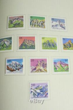 Liechtenstein Presque Tous Les Collection De Timbres Scott Mint Dans L'album