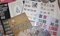 Lot Collection De Timbres Du Monde Albums + Vrac + Enveloppe. Un Trier Idem