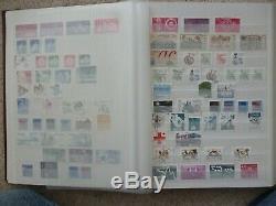 Suède 1855-1970s Stamp Collection Excellent Dans L'album Plus De 1400 Timbres Anciens